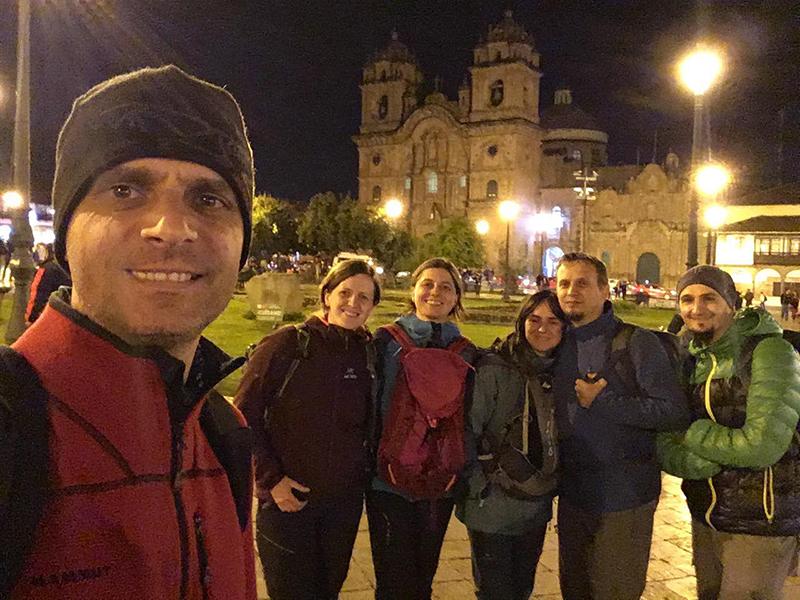 Plaza de Armas, seara.