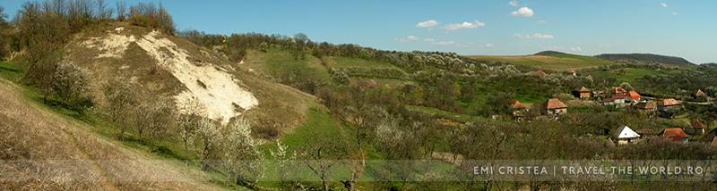 O perspectivă asupra dealului Ijileu