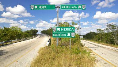 Șosea în Yucatan, Mexic